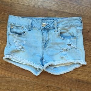 American Eagle size 8 shorts distressed